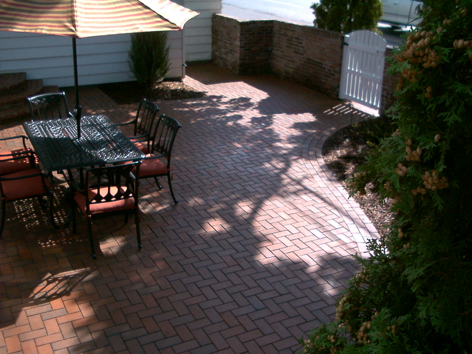 Pine Hall Brick paver patio area.
